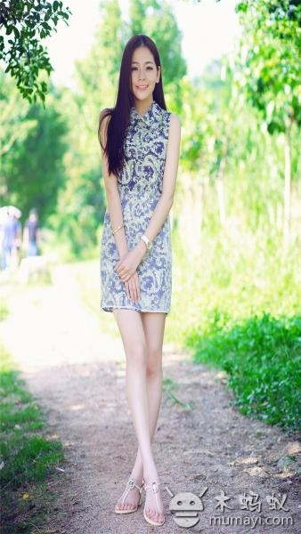 清纯恬静美女迷人动态壁纸下载