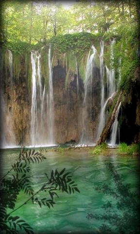 壁纸 风景 旅游 瀑布 山水 桌面 288_480 竖版 竖屏 手机